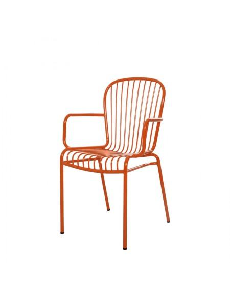 Wins Arm Chair